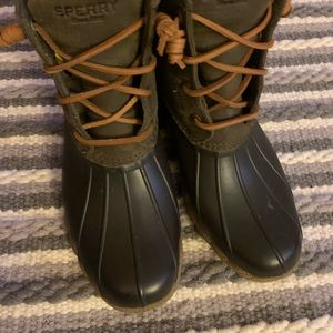 Woman's Sperry Duck Boots